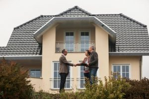 Make an Offer on a House That's for Sale by Owner